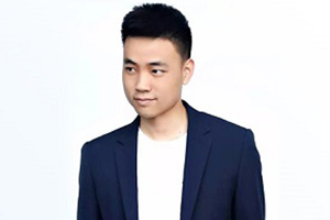 深圳时代华娱文化传媒公司南山T台班老师王奥