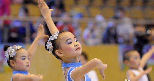 考级,体现的是一种对舞蹈的态度,而对待舞蹈的态度,就是我们对待生活的态度,孩子亦是如此!