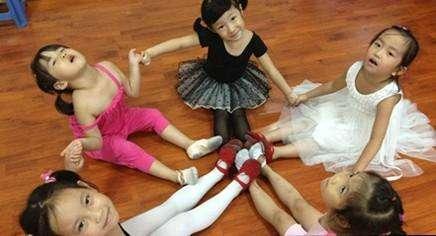 深圳时代华娱少儿舞蹈培训
