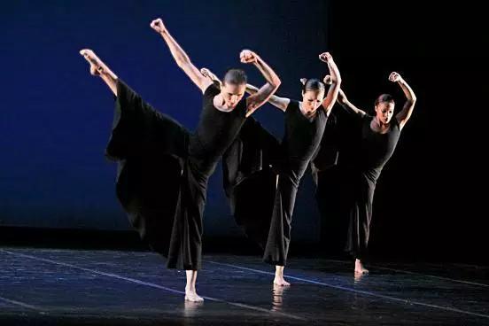 深圳少儿舞蹈和你浅谈现代舞蹈的发展史