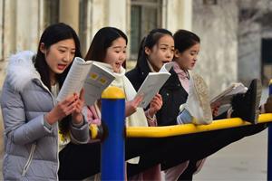 时代华娱少儿声乐老师提醒:深圳声乐考级应注意哪些事项