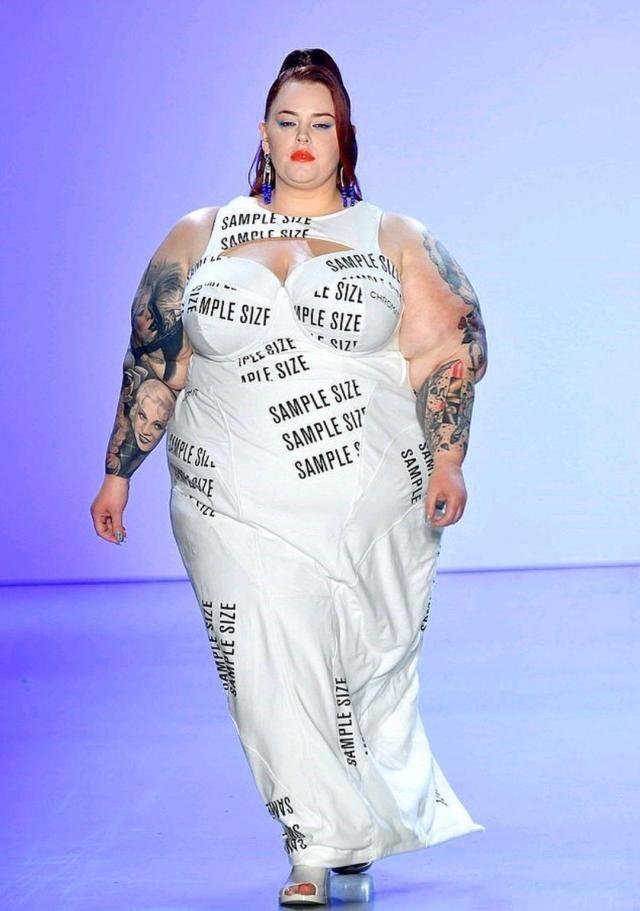 纽约时装周模特t台走秀大展肥胖身材,少儿模特培训班
