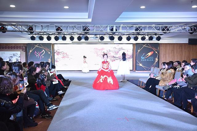 """2019""""碧桂园杯""""长阳少儿模特大赛总决赛圆满落幕"""